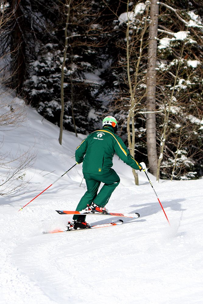 outside ski 2